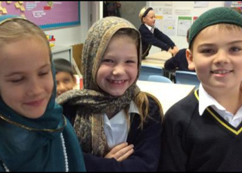 Year 3 Potter Class learn about Islam